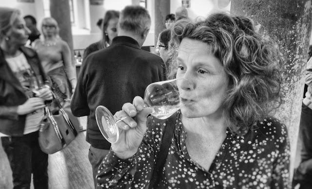 Wein genießen in historischen Mauern