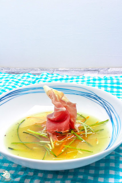 Suppe aus Prosciutto Crudo