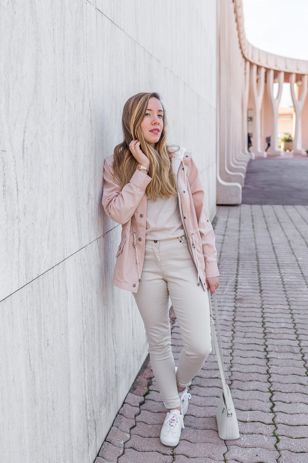 blog mode tenue du jour beige rose pastel