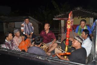 Tradisi sahur di Banyuwangi.