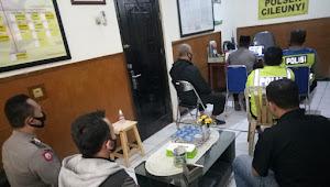 Polsek Cileunyi Polresta Bandung Gelar Binrohtal Secara Virtual