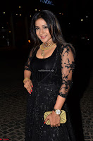 Sakshi Agarwal looks stunning in all black gown at 64th Jio Filmfare Awards South ~  Exclusive 006.JPG