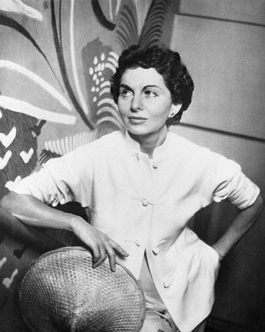 Fashion Signs Bonnie Cashin The Twentieth Century Fox Designer
