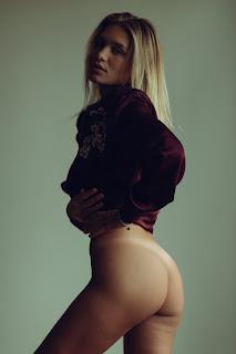 Casual Bottomless Girls - tumblr_77752d449ea7b61228505a809c54bae0_c6da5f25_1280.jpg