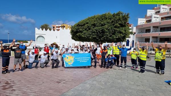"""Los Llanos promueve el voluntariado ambiental con el proyecto """"X un litoral + limpio"""""""