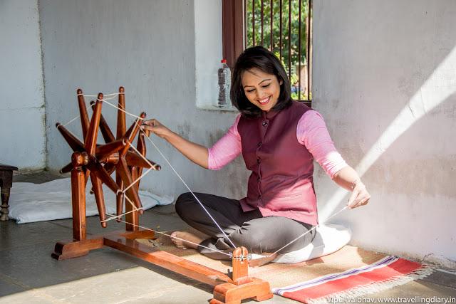 cotton weaving using charkha