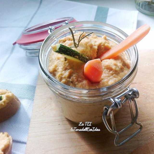 Hummus di carote vegano