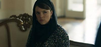 Dalila (Alice Wegmann) fará vingança cruel contra uma das mulheres de seu pai em Órfãos da Terra