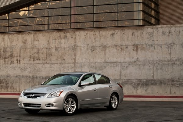 2011 Nissan Altima consumer review