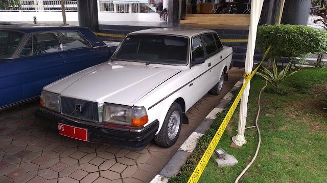 Volvo 240 Gubernur Yogyakarta