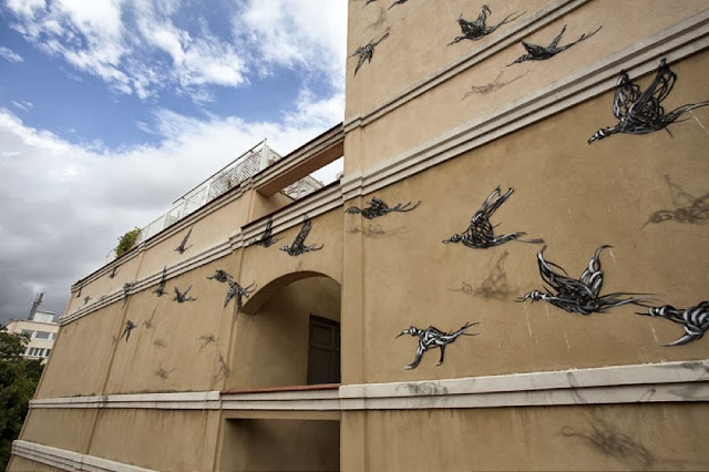 "Chinese Street Artist DALeast Paints A new mural in Malaga For ""Maus Malaga"" Urban Art Event. 3"
