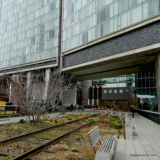 O Standard Hotel, no High Line, Nova York