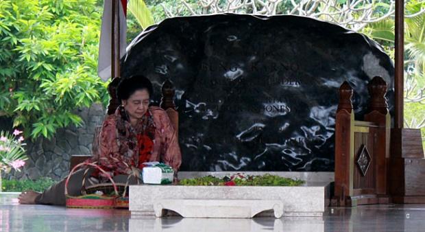 Megawati Diusulkan Jadi Pahlawan Nasional, Netizen: Kan Masih Hidup...