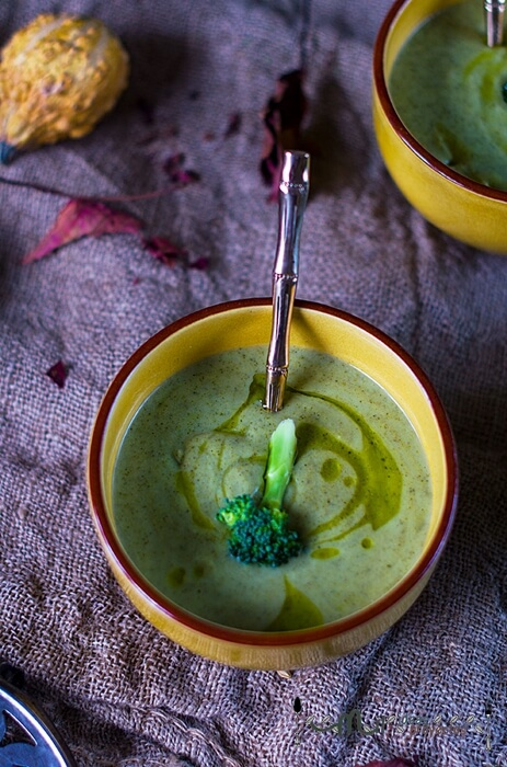 preparación paso a paso de crema de brocoli