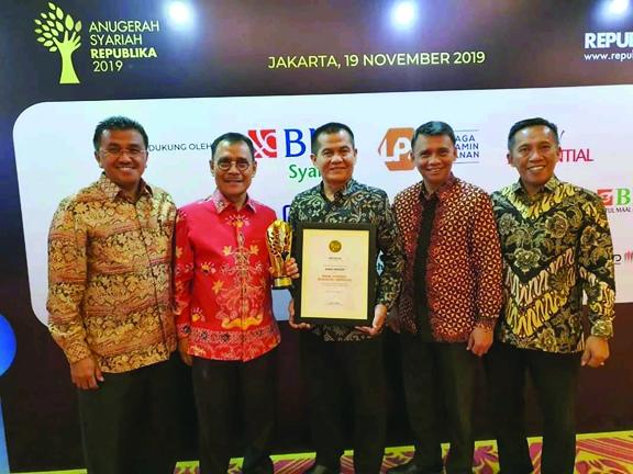Bank Nagari Terima 2 Penghargaan Sekaligus