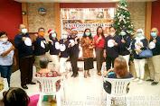 Sambut Natal 2020, IKA IPA9-10 SMANSA '82 Berbagi Kasih di Panti Werdha Theodora