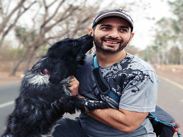 Siddhant-Karnick-with-dog