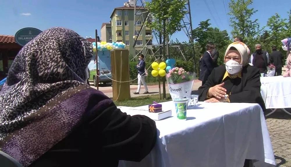 Sancaktepe Belediyesi'nden yaşlılarımıza bayram sofrası