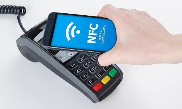 Як я можу зараз використовувати функцію NFC на телефоні?
