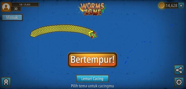 "Worms Zone"" game cacing yang lagi viral & bikin ketagihan"