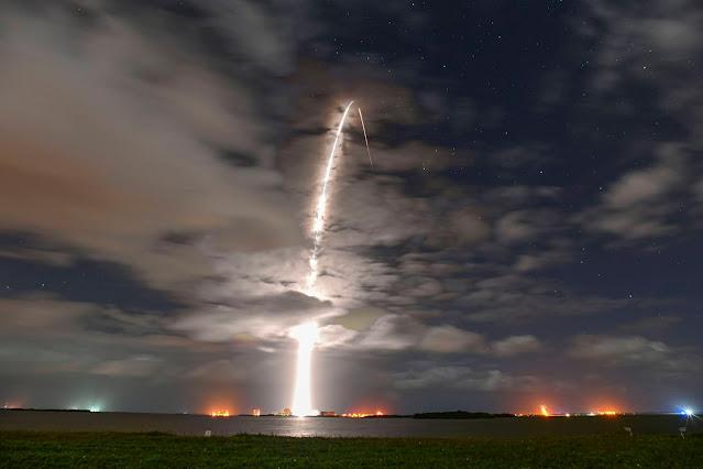 foguete Falcon 9
