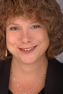 Headshot of Lisa Scheps