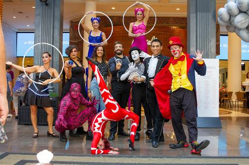 Atrações circenses de Humor e Circo Eventos no aniversario do Shopping Patio Higienópolis em São Paulo.