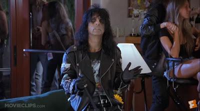 Wayne's World - Alice Cooper - Los mundos de Wayne - Cameos - Publicidad en el cine - Product Placement - ÁlvaroGP - el fancine - Comedia - Blaine HS - Minnesota - Terminator 2 - Excalibur - Queen - Bohemian Rhapsody