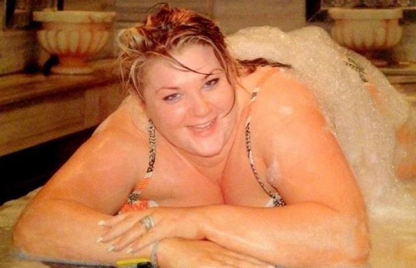 Ηταν 133 κιλά!!! Για δείτε την πως έγινε την ημέρα του γάμου της, αφού είχε ξοδέψει 16.000 ευρώ…