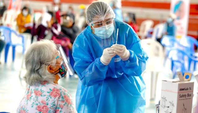 inicia vacunación a mayores de 65, personas con enfermedades raras, mentales y con trasplante de órgano