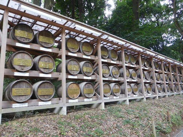 Parque Yoyogui, barriles de vino