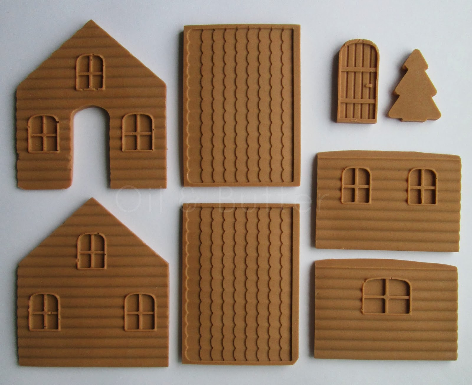 Oil butter gingerbread house made of soap - Make a house a home ...
