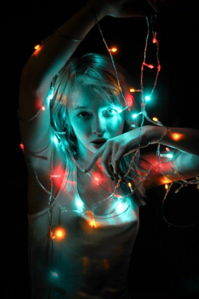 pose with diwali lights for girls