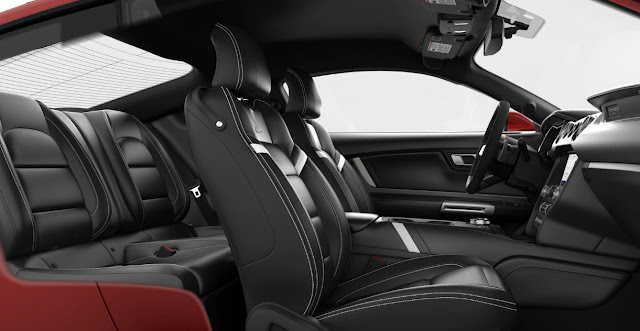 New Ford Mustang Shelby GT500 interior and seats