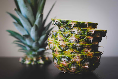 can dogs have pineapple, is pineapple safe for dogs