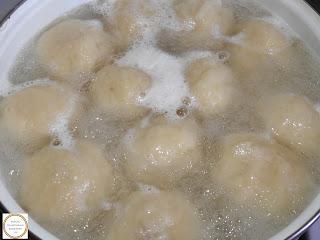 Retete galuste cu prune preparare reteta traditionala de casa,