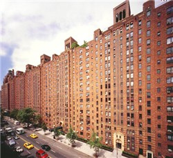 Manhattan Apartments with Pools   Downtown