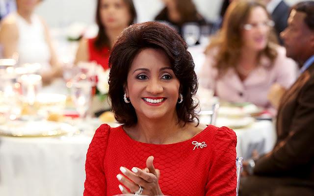 Primera Dama exhorta población trabajar para seguir avanzando en el camino de prosperidad de RD