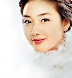 1.choi ji woo - artis korea tercantik dan terseksi di tahun 2017