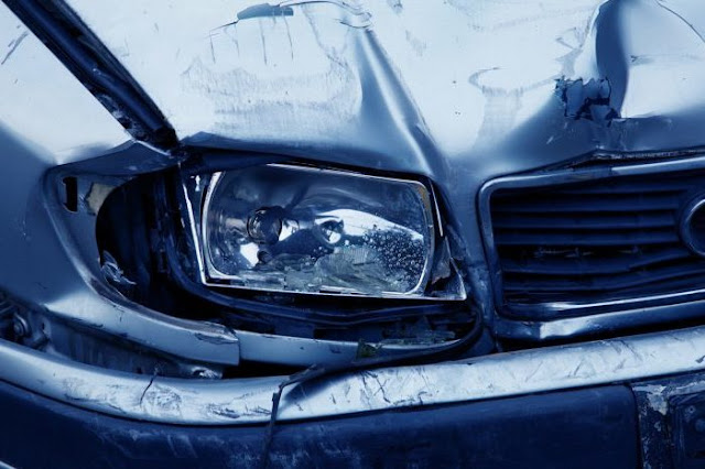 How to get car wreckage removed for free on accident