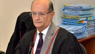 Juiz não vê 'risco de nulidade' a decisões de Moro e diz que vazamento é 'crime sério'