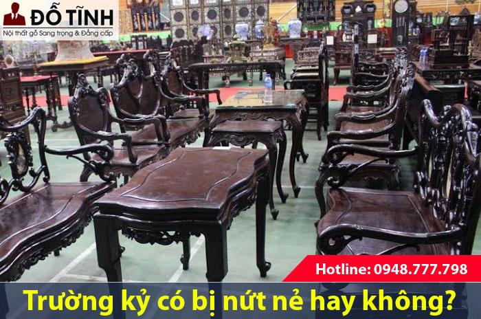 Bộ trường kỷ cổ Nam Định có bị nứt nẻ không?