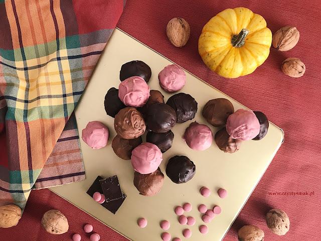 Dyniowo-jabłkowe trufle w czekoladzie