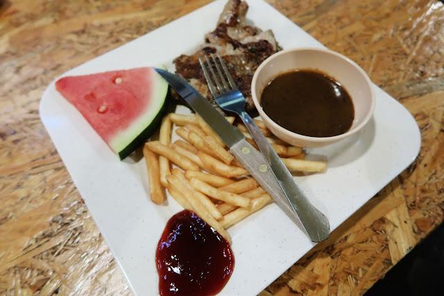 Chicken Grill @ Rocksixteen Burger Ketam Lembut, Kota Warisan