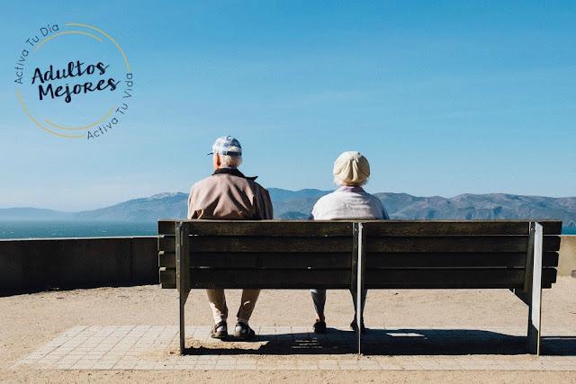 los adultos mayores y su felicidad