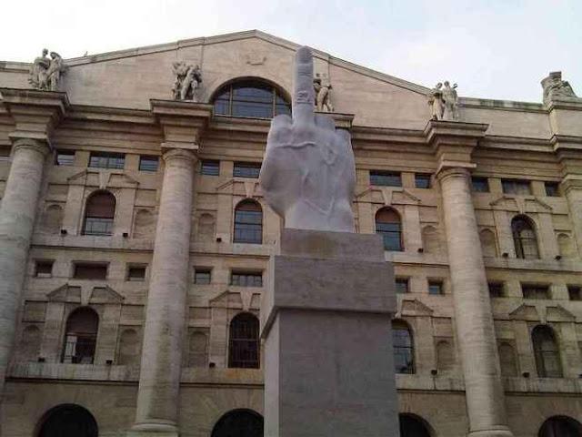 0a274fcf04 MILANO - La borsa di Milano segue la scia dell'Europa e tenta un rimbalzo  appoggiandosi ai titoli bancari, particolarmente penalizzati nelle sedute  ...
