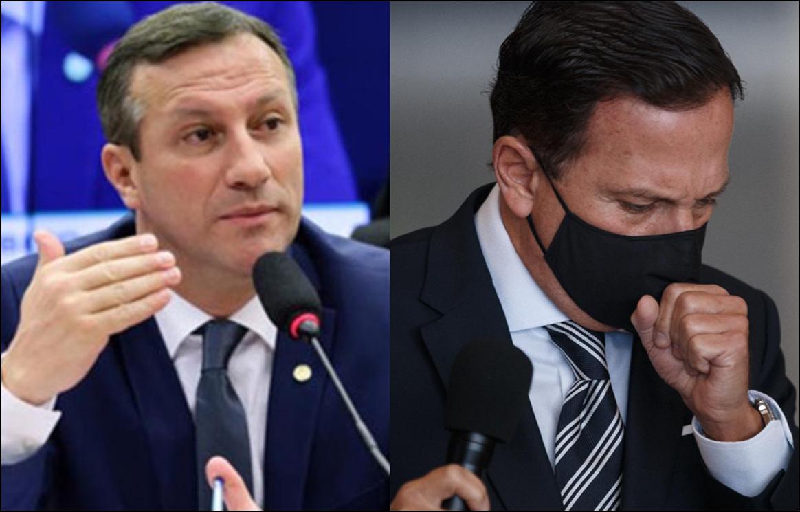 """Deputado federal diz que João Doria é um """"estelionatário de vacinas"""""""