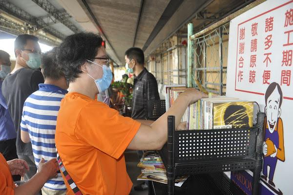建國科大響應漂書活動 教師節師生捐書做公益