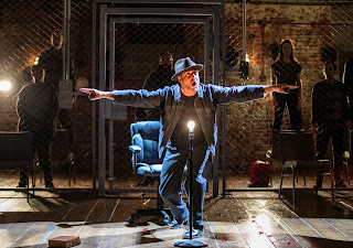 The Resistible Rise of Arturo Ui - A stirring wake-up call