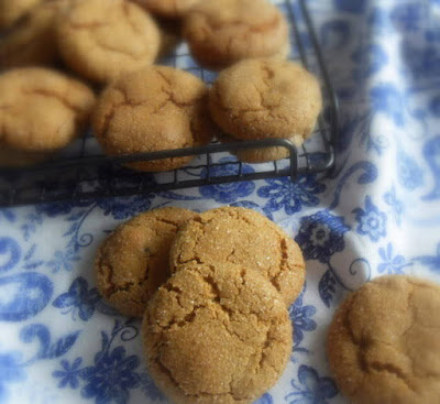 Spicy Ginger Crinkles